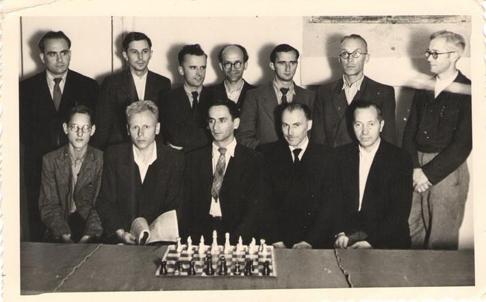 turnyro nugalėtojas R. Arlauskas (viduryje) Kempten , Vokietija